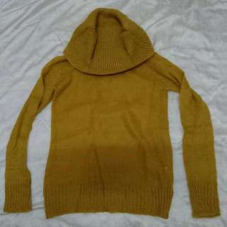 土黃針織薄寬頸毛衣