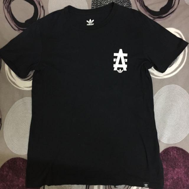 Adidas 短袖 M號