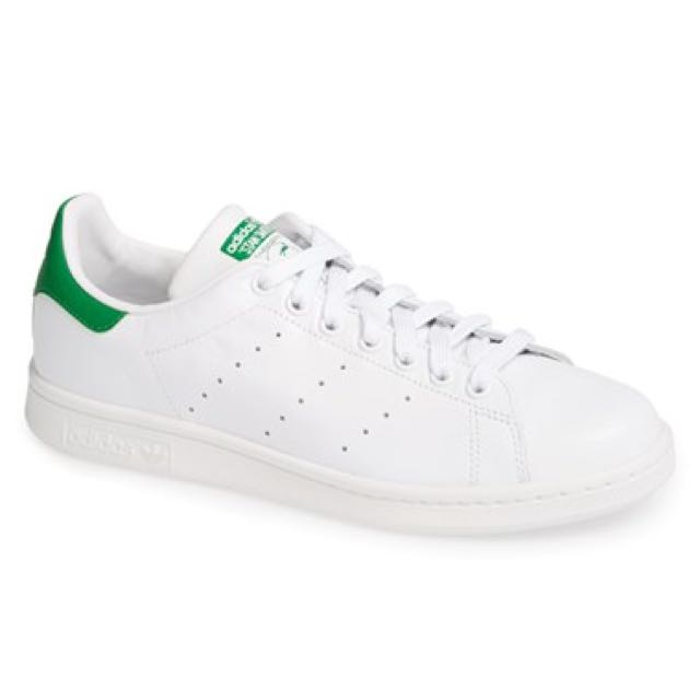 (RESERVED) Adidas Stan Smiths