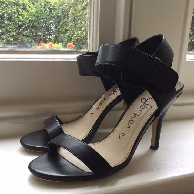 Betts heels