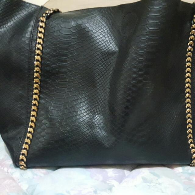 Big Tote With Gold Chain Straps