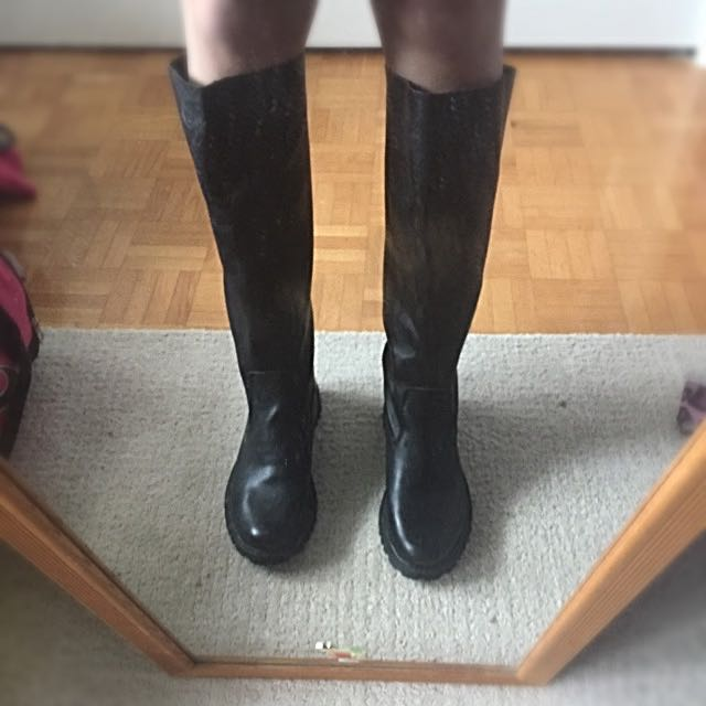 Black Roots Leather Boots