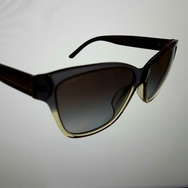 0da28d52919 Original Burberry Sunglasses with gradient frame   lenses (RARE ...