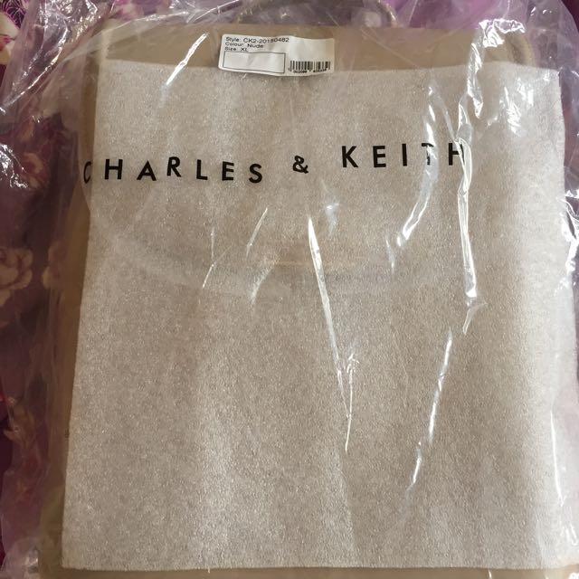 新加坡小ck Charles&keith大後背包