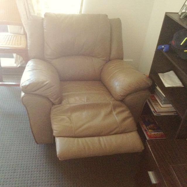 Comfortable Luxury Lounge Set For Bargain