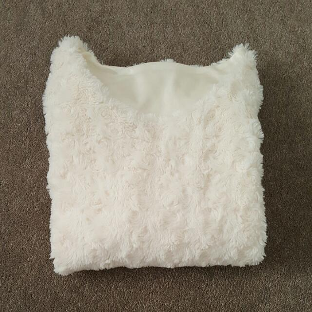 Gorgeous Fluffy Top Size 4 To 6