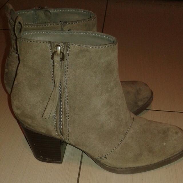 Grey Heeled Boots