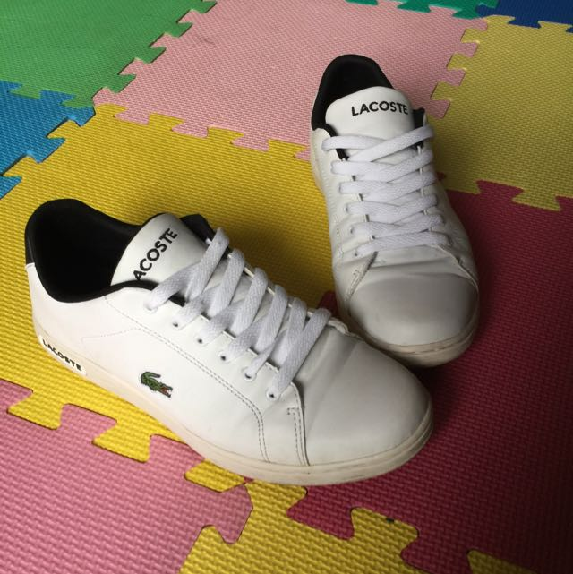 Lacoste 白鞋