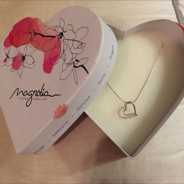 Magnolia Silver Heart Necklace