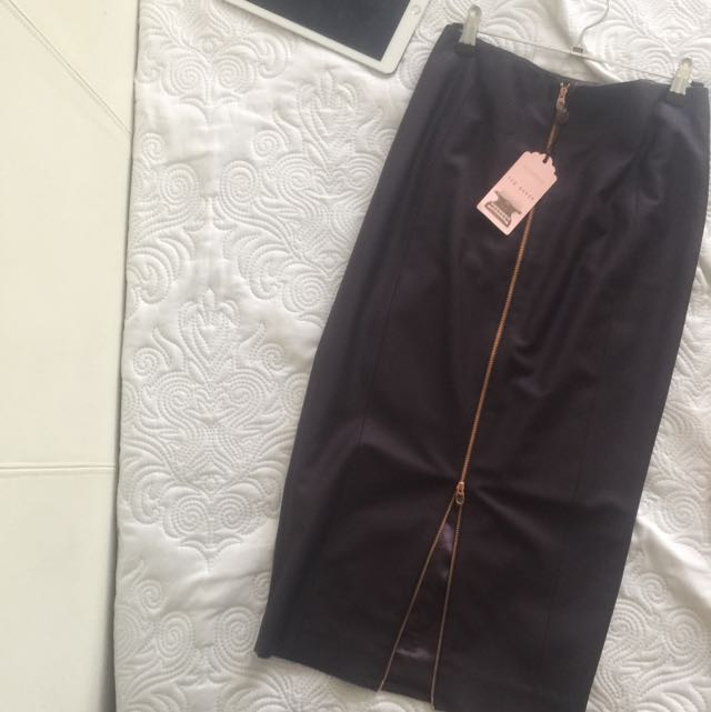 New Ted Baker Skirt Size 8