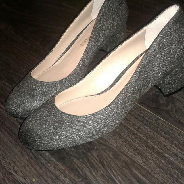 Saks fifth avenue kitten heels
