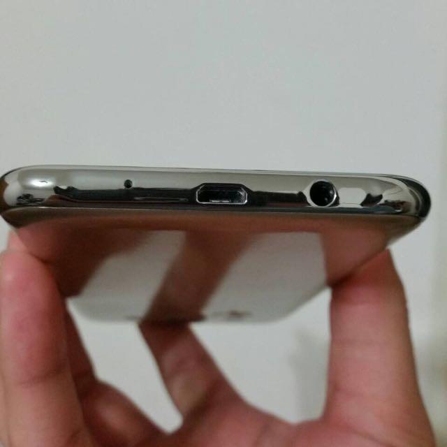 Samsung J5 玫瑰金9.9成新