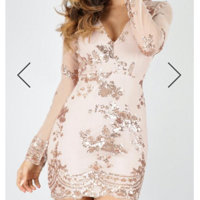 Showpo Size 12 Gold Sequin Dress