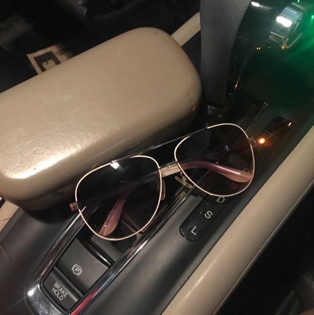 Sunglasses Charles N keith