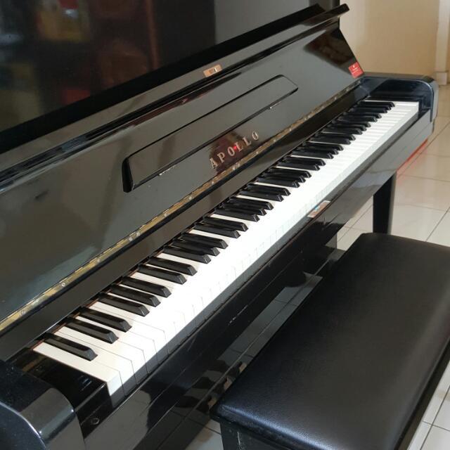 Upright Piano (Exam Grade)