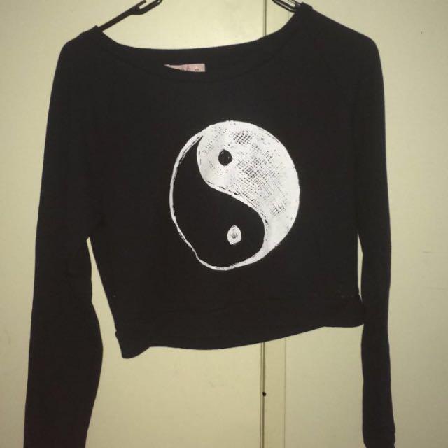 Yin Yang Crop Top !!