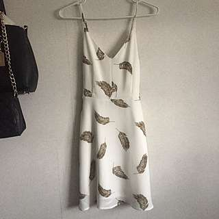 Dynamite Printed Feathers Dress