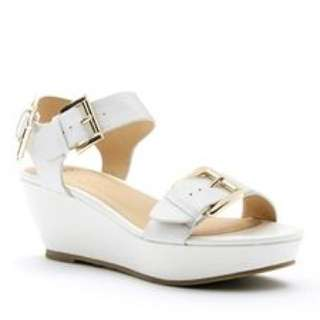 Novo White Wedge Sandal (Willow) Size 6