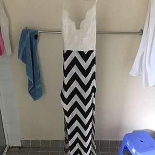 Missguided Size 14 Maxi Dress