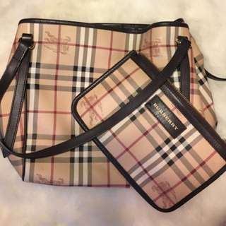 Authentic Burberry Canterbury Tote - Detachable Clutch