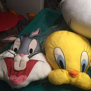 Loonie toons Pillows