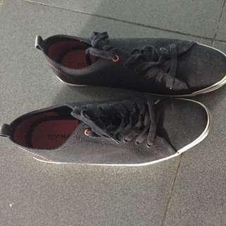 Sepatu Top Man