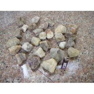 透光石頭 (大大小小1堆) 一起賣