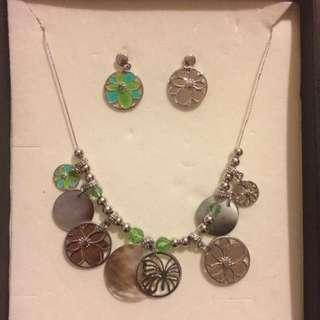 Boho Earnings And Necklace Set