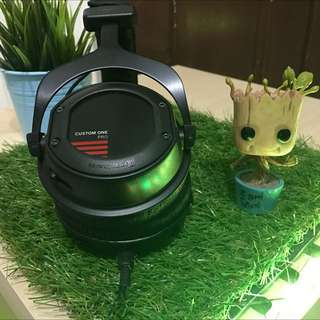 RESERVED MINT Beyerdynamic Custom One Pro