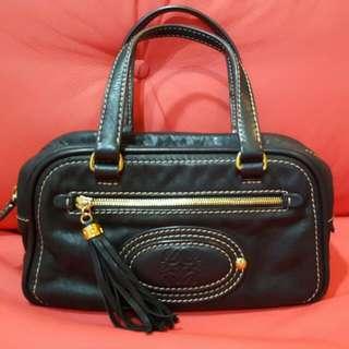 Preloved LOEWE black Handbag With Gold Details
