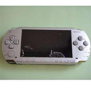 PSP-1007 當零件機賣 有喜歡的買家歡迎詢問