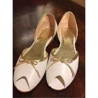 Cochni白色平底鞋