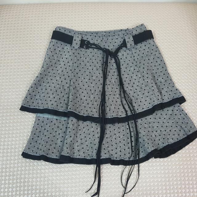 二層次點點秋冬短裙