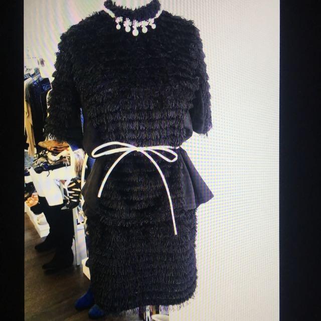 毛毛流蘇上衣+短裙(不含皮帶及項鍊)