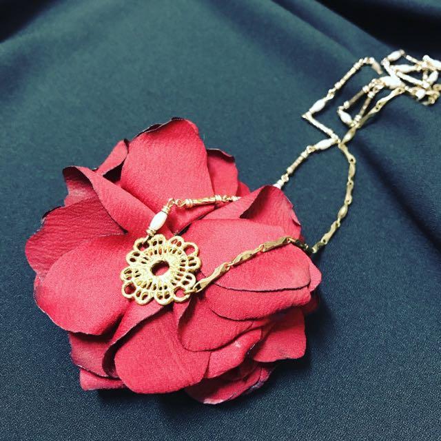 降售古董 蕾絲黃銅長項鍊