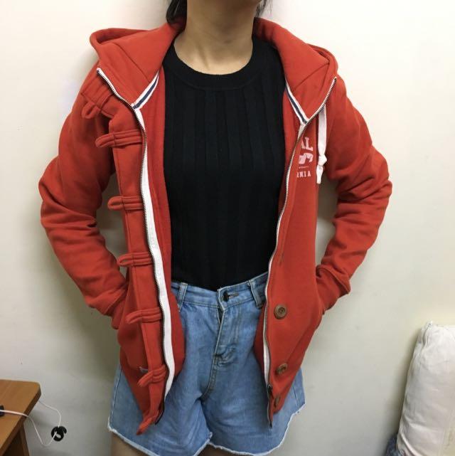 Caco紅色木扣外套