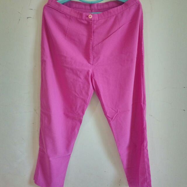 Celana Bahan Pink