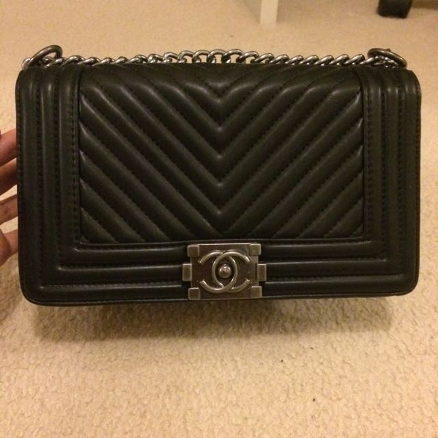 Chanel Le Boy Replica Handbag