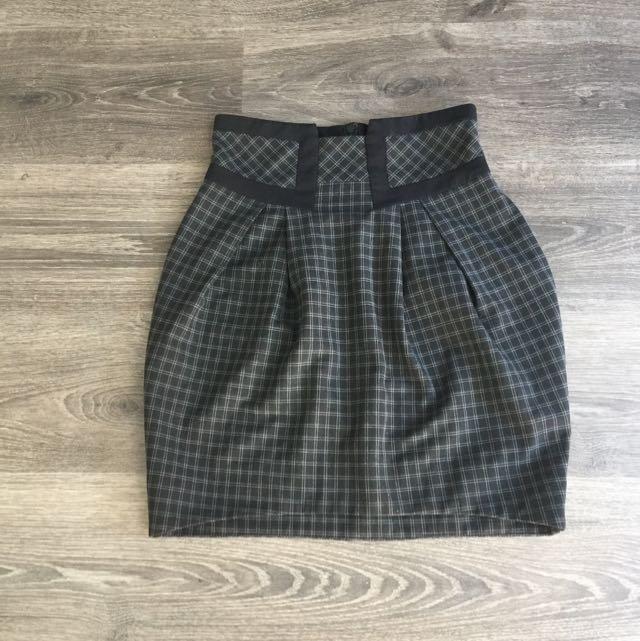 Cue Size 6 High Waisted Work Skirt