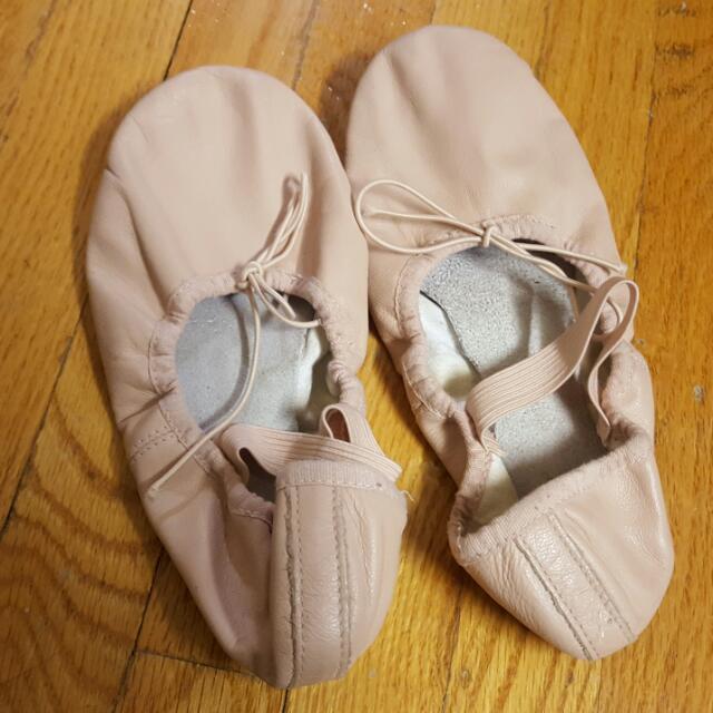 Dance Flats sz 6