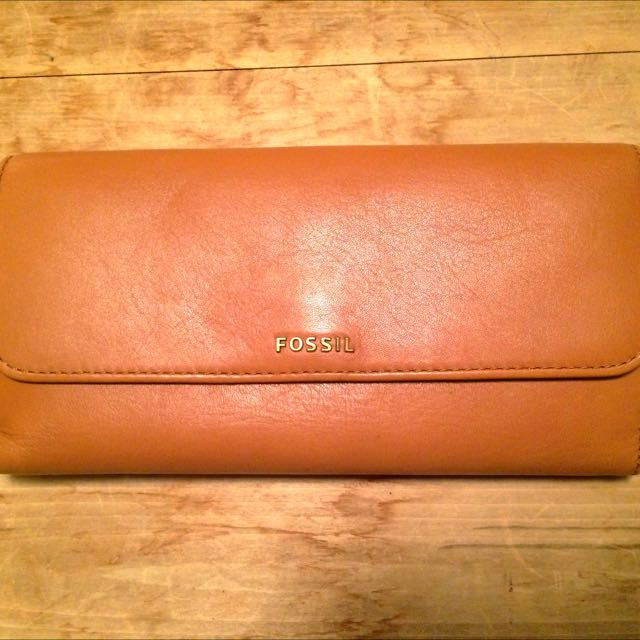 Fossil Wallet - Camel Coloured Leather