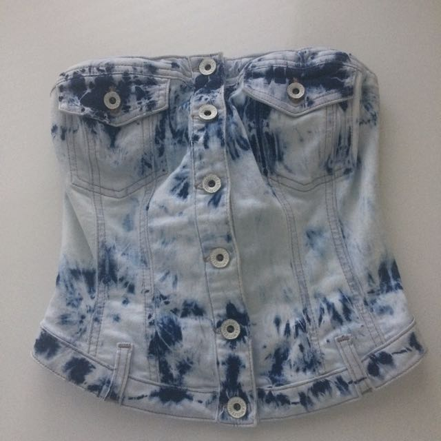 Guess Cropped Denim Top