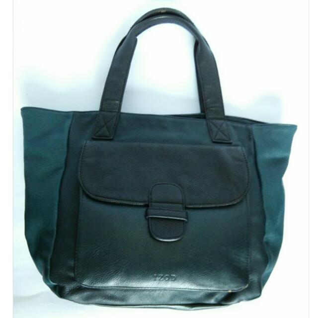 Izod Tri Tone Leather Shoulder Bag