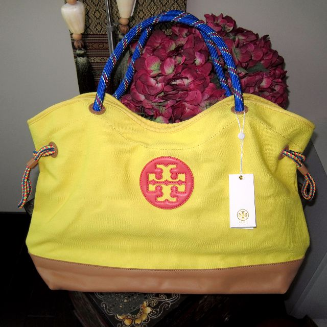 fb775672d3f2 New AUTH Tory Burch Kellyn Canvas Leather Banana Yellow Rope Handle ...