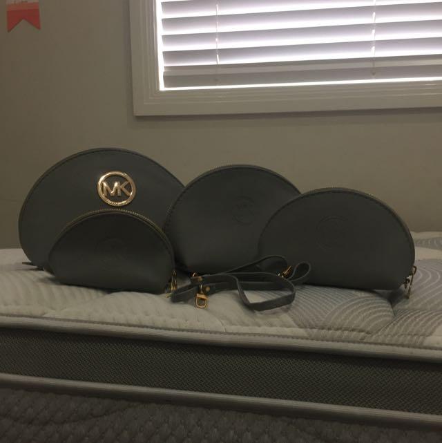 Replica Michael Kors Cosmetic Bags