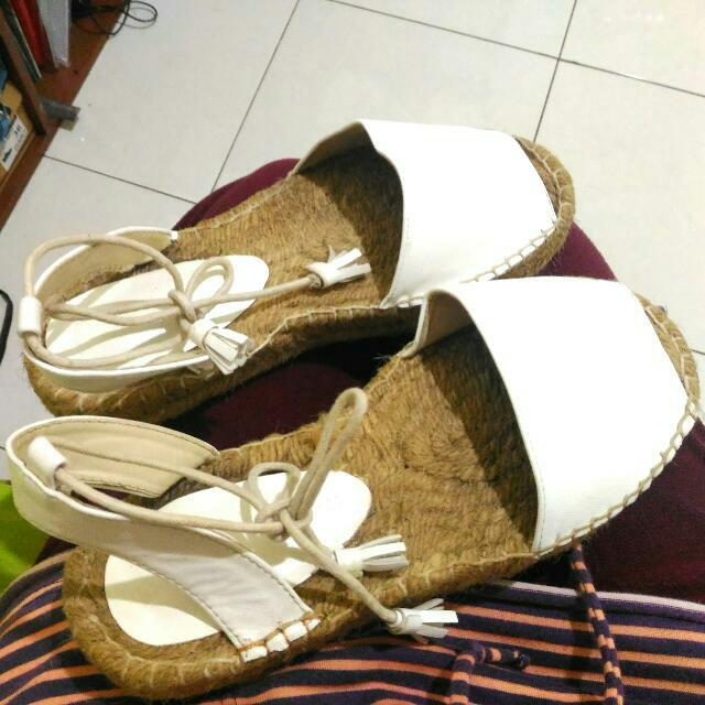 Reprice!! Bershka Shoes