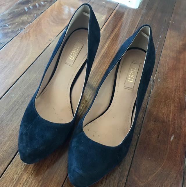 Siren Black Suede Shoes Size 9