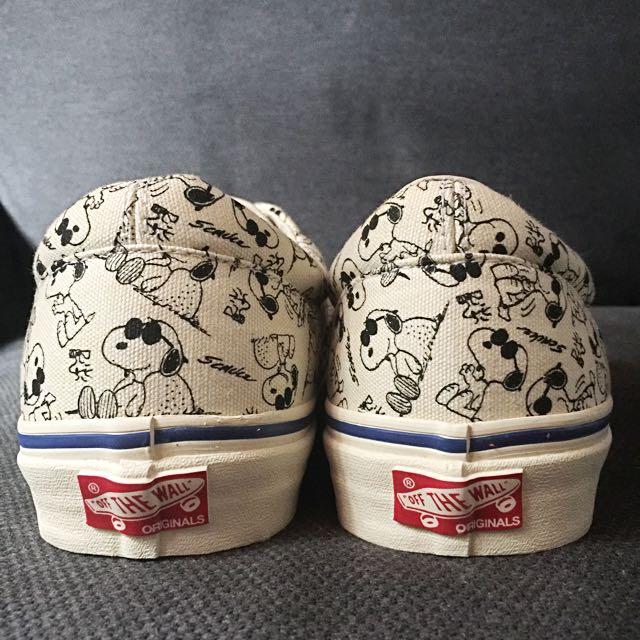 8fddf72566 Vans Vault x Peanuts (Camp Snoopy) Classic White OG era LX