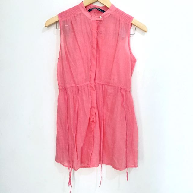 SALE! ZARA sleeveless salmon
