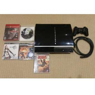 Playstation 3 Upgraded 500 GB, 2 controller, 5 Games